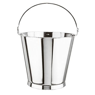 Graduated bucket with bottom ring