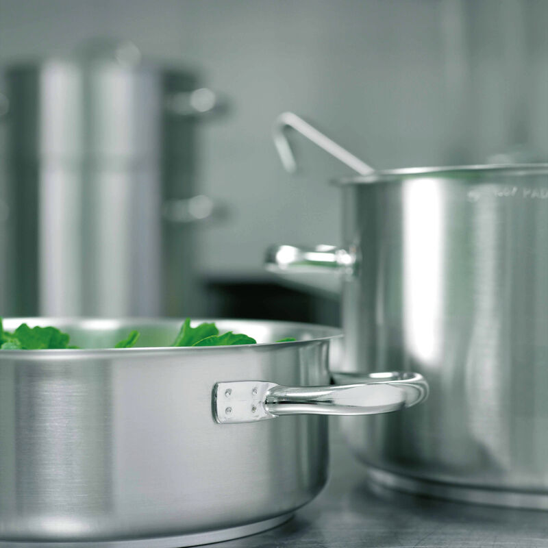 Casserole pot  image number null
