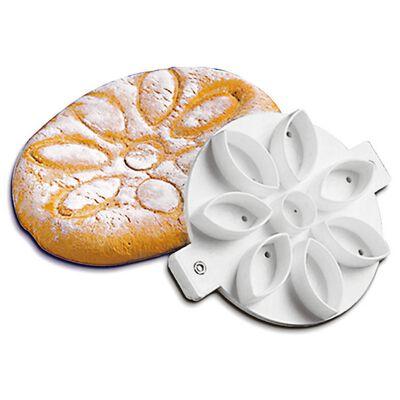 Bread mold daisy